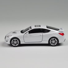 Gift for boy 1:36 11cm cool Welly Hyundai Genesis II couple car delicacy alloy model pull back collection children birthday toy