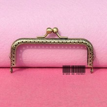 50pcs/lot wholesale DIY 10.5cm Antique Brass Metal Purse Frame kiss clasp Handle for Bag Craft bag making sew ,Freeshipping XF01(China)