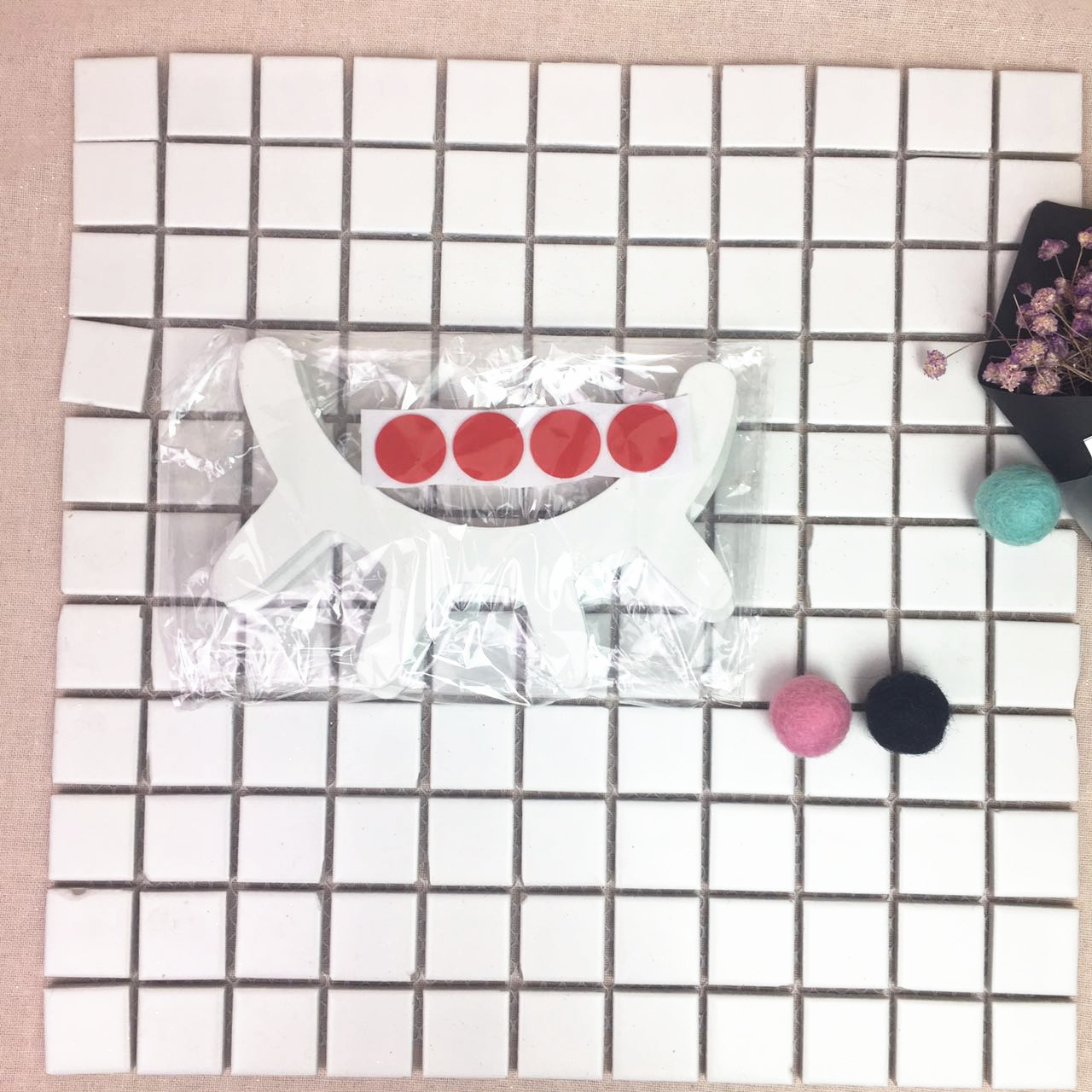HTB1tS3nRFXXXXc4aXXXq6xXFXXX0 - Urijk 2PCs Ins Nordic Wood Eyelashes Cartoon 3D Wall Sticker DIY Children Bedroom Props Home Living Room Decoration 15*11cm