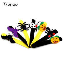 Tronzo 22CM Halloween Decoration Patting Circle Bracelet Pat Ring Pops Pumpkin Circle Wristband Party Supplies Kids Favor Gifts(China)