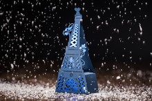100pcs Blue Effel Tower Wedding Idea Laser Cut Wedding Favor Boxes Wedding Candy Box Casamento Wedding Favors And Gifts