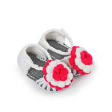 Cute Flower Baby Crochet Shoes Handmade Knitted Booties Baby Girl Toddlers Shoes 10 cm