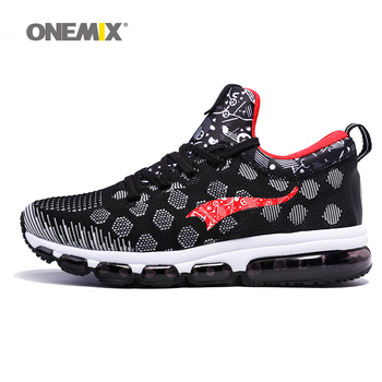 Onemix más nuevos zapatos corrientes de los hombres zapatillas de deporte al aire libre mujeres elásticos zapatos de jogging negro entrenadores sport shoes