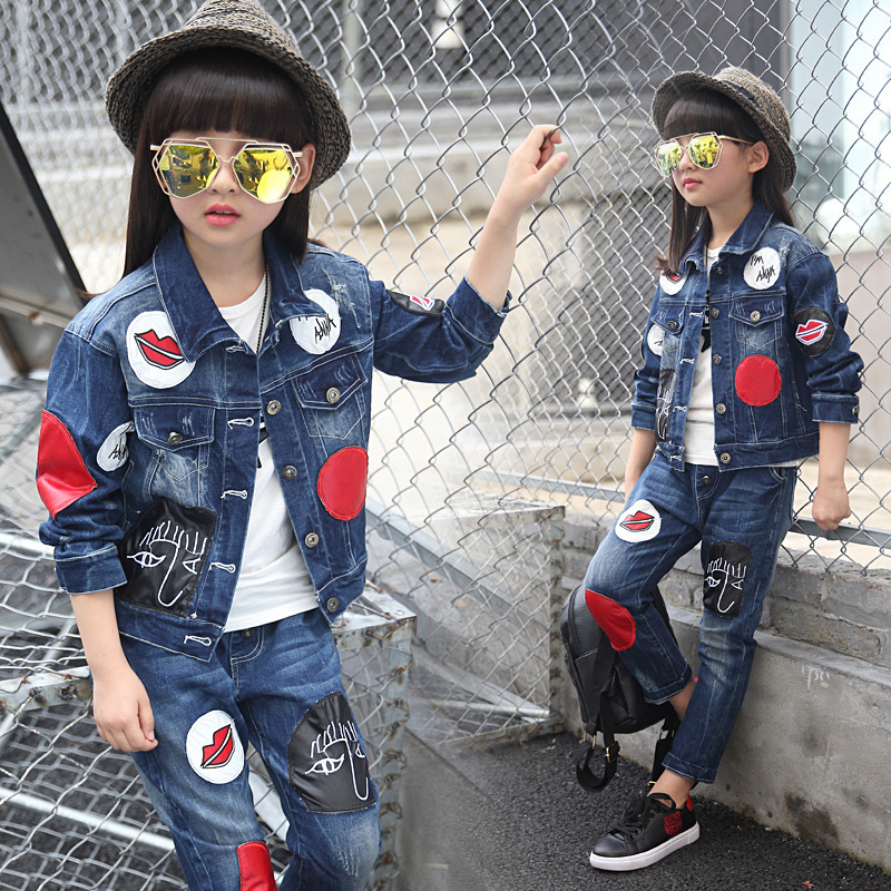 Girls 2017 new Spring fall Style Red lips cowboy suit casual children clothing set Denim jacket + Jean pant two-piece denim set<br><br>Aliexpress