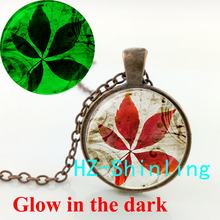 Glowing Jewelry Maple Leaf Necklace Red Tree Leaves Pendant Glow in The Dark Jewelry Glass Dome Pendant Necklace