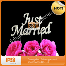 (20 pieces/lot)free shipping Just Married dazzing rhinestone cake topper for wedding cake decoration