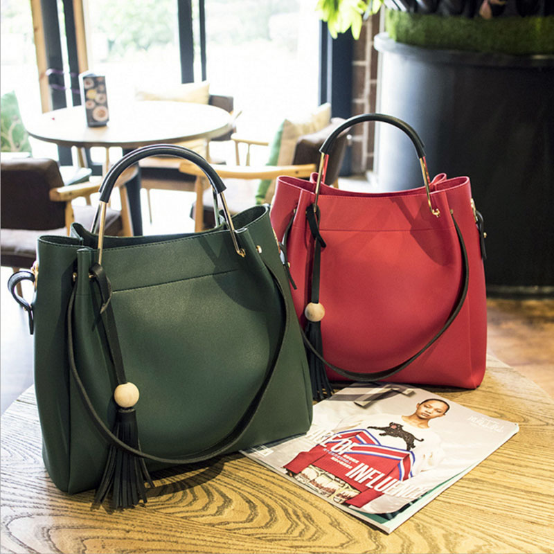 2017 New  high quality Women PU handbag Fashion women Bucket bags with tassel ladies shoulder bag <br>