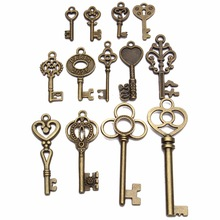 Cute Useful DIY Antique vintage Old Look Key Lot Pendant Heart Bow Lock Steampunk Jewel For Home Metal Crafts Decor