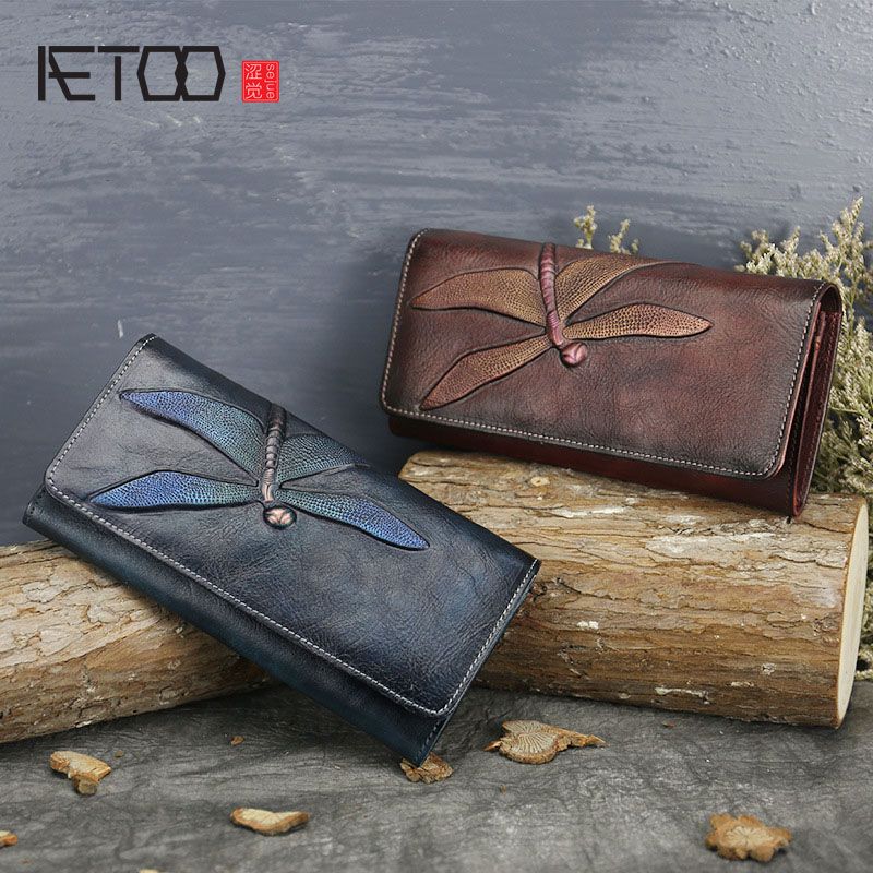 AETOO  New first layer of leather wallet female butterfly leather carved long wallet retro clutch leather lady wallet<br>