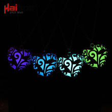 2017 Fluorescence Necklace women love heart gift Glow in the Dark Pendant necklace with 48cm chain blue green pink Jewelry