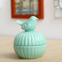 1pcs / ceramic animal bird candy jar food storage tank beautiful cute animal storage box wedding ring jewelry box gift crafts(China)