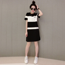 New Summer Fashion Women dress Striped Loose Black And White In Color With Long Popular Logo Dresses 8630