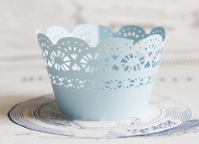 Free shipping pearl paper cup cake wrapper light blue lace flower decoration paper muffin wrappers birthday wedding party favors(China)