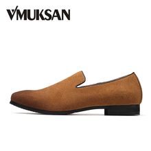 VMUKSAN Big Size 38-47 Men Formal Shoes Fashion Business Slip-On Mens Office Shoes New Italian Wedding Loafers Shoes For Man(China)