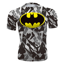 2016 Men's Camouflage Compression Shirt Unisex Fitness T-shirt Batman Printed Short Sleeve Tops 2 Colors