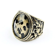 Personality Restore Ancient Jewelry Black leopard Section Of Precious Stones Side Of Carve Patterns Designs Woodwork Ring R459