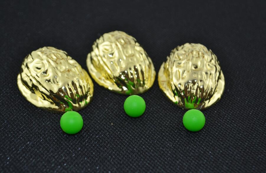 Golden shell 3