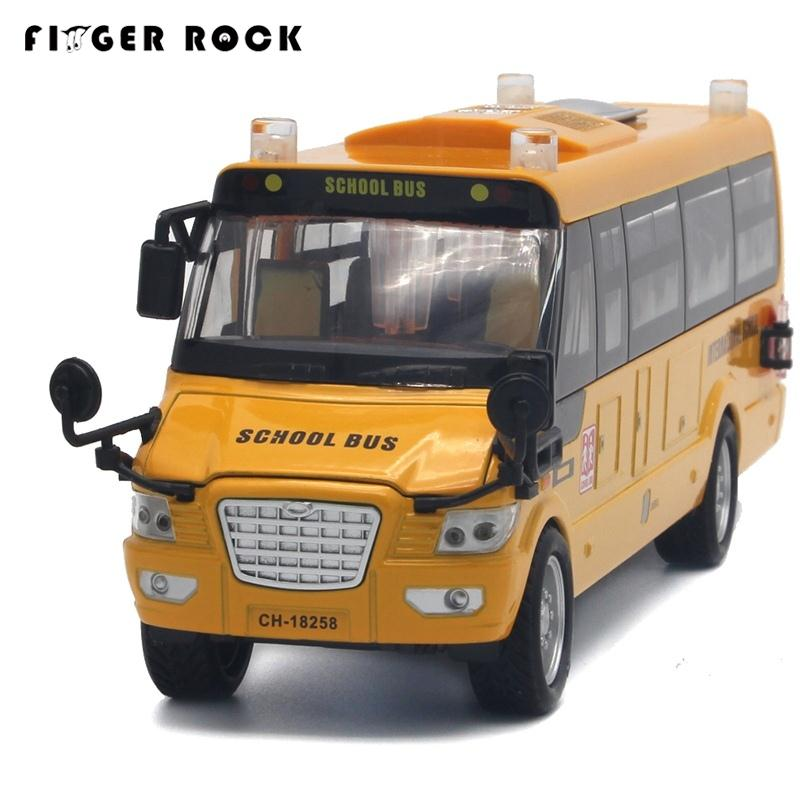 1:32 Scale Big Size America School Bus Diecast Metal Car Pull Back Autos a Escala Boys Collection Flashing Model Cars Toys(China (Mainland))