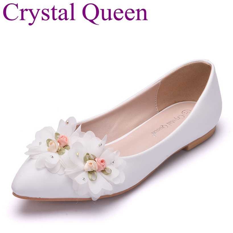 Crystal Queen White Flower Flat Wedding Shoes Women Flat Pointed Toe Ballet  Flats Casual Shoes Plus 4e77e728e546