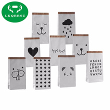 Cartoon Heavy kraft paper bag Bear Paper Storage Bags Toys Baby Play Mat Toys Kids Wall Pocket Clothing Sundries Organizer