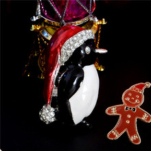 H:HYDE Christmas snowman costume Brooch Cheap Christmas Brooches Lot Collar Clip For Scarf Buckle