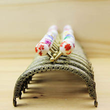 KISSDIY 10 pcs 8.5CM Ceramic beads Head Green Bronze Meta Embossing Lace semi-circle Purse Frame Kiss Clasp FK13 Free shipping(China)