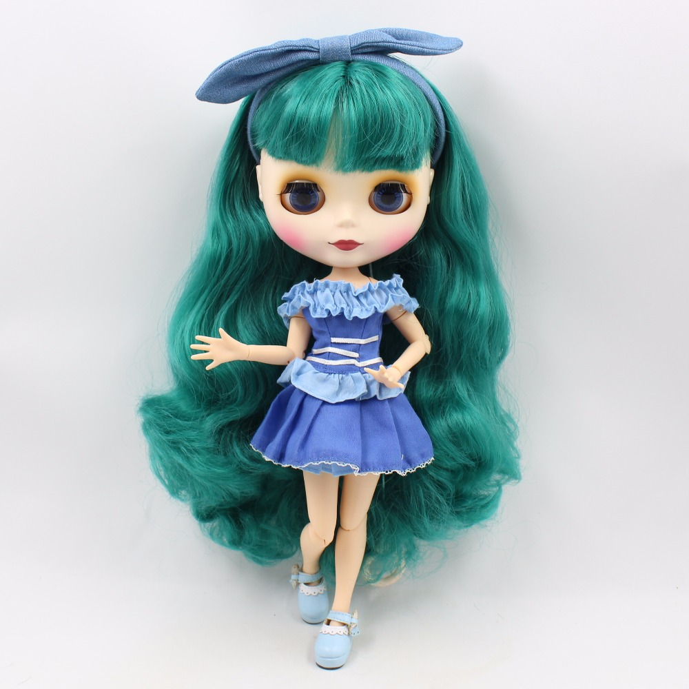 Neo Blythe Doll with Turquoise Hair, White Skin, Matte Face & Jointed Body 3