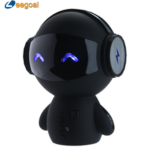 2017 Cute Mini Robot Speaker Bluetooth Stereo Handsfree Noise Cancelling Speaker Support AUX TF MP3 Music Player Cell phone Call