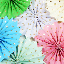 1x Gold Polka Dot Paper Fan Decoration Accodion Fans Crinkle Fans Rosettes Pinwheel Backdrop for Wedding Shower Birthday Party(China)