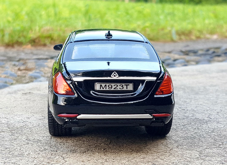 124 XLG TheBenz Maybach S600 Extended (6)