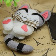 Felt Cloth Art Handmade Sewing Kit Cute Cat Bag Pendant Felt Free Cutting Material DIY Package 12CM(China)