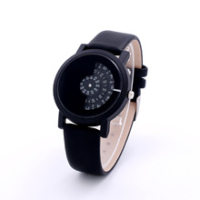 Fashion New Unisex Watches Women Creative Watch Rotate Rotary Time Design Quartz Watch Women Cool Sports Clock Relojes