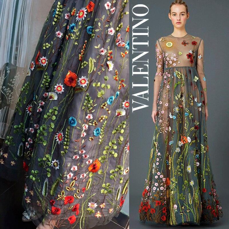 Платье с вышивкой на сетке 52
