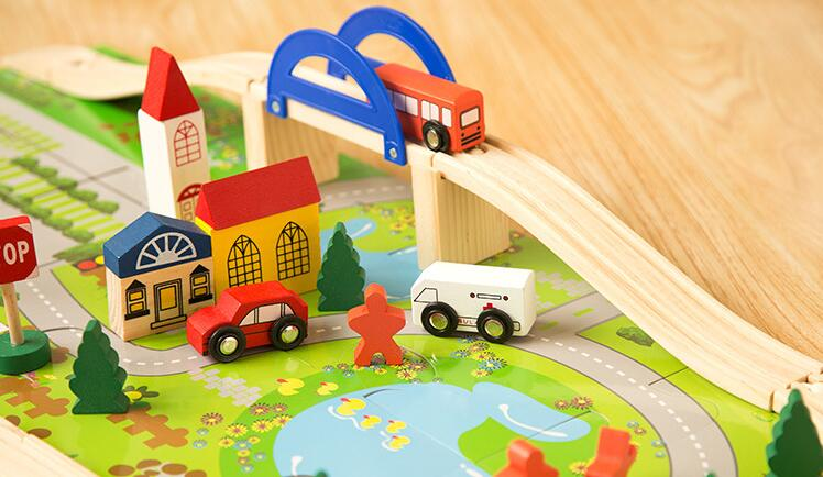 Preschool Urban Rail Toy Overpass Traffic Scene Child Wooden Toys Train Track Railway Wood Toy Baby