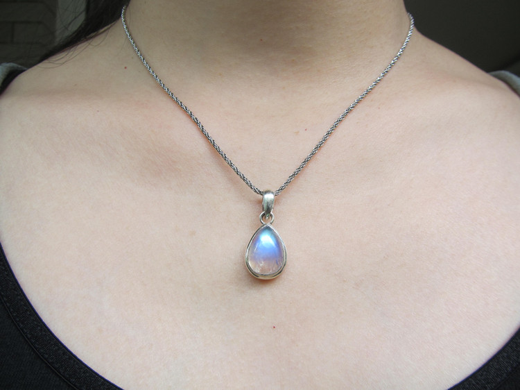 925 Sterling Silver with natural handmade Moonstone Pendant pendant blue stone of love 5 optional