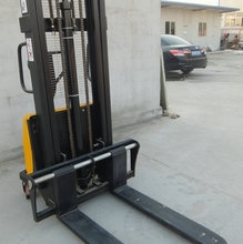 1500kg Portable Hydraulic Semi Electric Pallet Stacker Warehouse handling equipment 3 m(China)