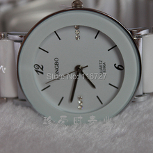 Top Longbo Brand White ceramic watch couple fashion& casual Gift watch quartz Luxury watch men women Lovers Dress Wristwatches