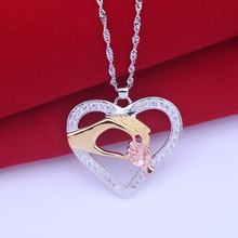 Fashion Heart Necklaces Jewelry Crystal Hand in Hand Love Mom Mother And Child Heart Pendant Chain Necklace Mother's Day gifts