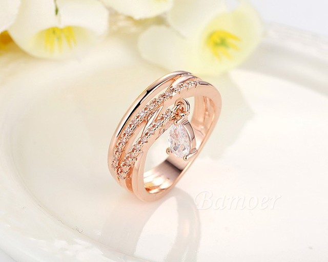 Gold Color Bohemia Ring for Lady Wedding with Water Drop Pendant