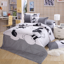 New 2017 Cotton Blend Bedding Sets Cartoon Black White Mickey Mouse Bed Set Duvet Cover Pillowcase Twin king queen size