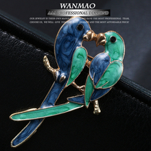 MANWII New retro couple bird animal brooch blue cartoon parrot brooch jewelry fashion woman brooch jewelry gift AA126