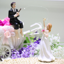 1Pcs Western Style cupcake toppers Bride & Groom Wedding Cake Topper Romantic Wedding Party Decoration Figurine Craft Gift