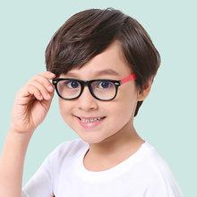 VKUES Luz Azul Óculos Crianças Óculos de Computador de Tela Anti Luz Azul  Clara de Proteção de Bloqueio de Radiação Óculos de Jo. 843b51e194