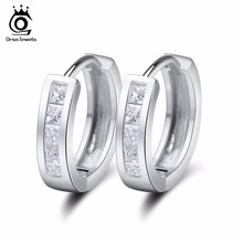 ORSA JEWELS Small Hoop Earring with Square AAA Austrian Cubic Zirconia Bezel Setting Silver Color Elegant Earring for Women OE02
