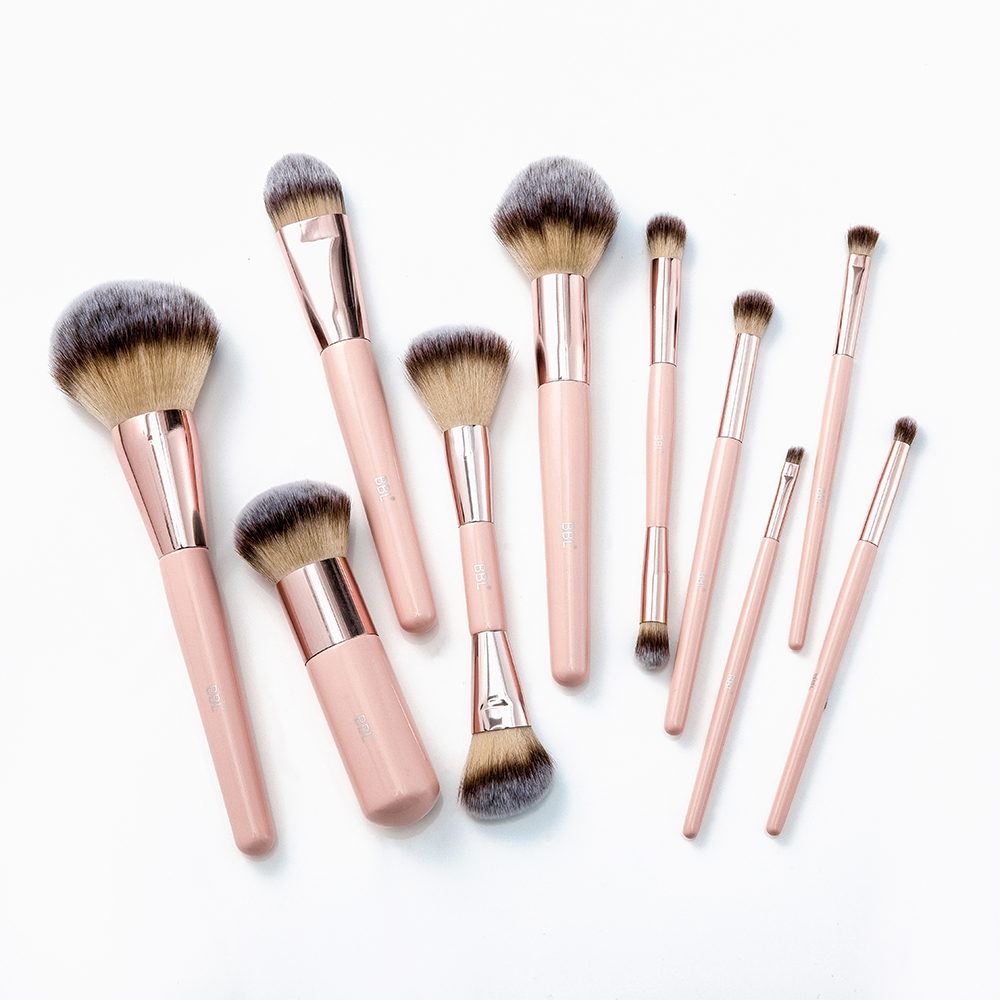 Kabuki Foundation Makeup Brush 29