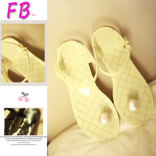 Big eu41 two colors Mushroom Head Sandals Jelly Pearl Buttons Shoes Flip Sandals Shoes Woman Sandals Slipper Clip Toe Sandals