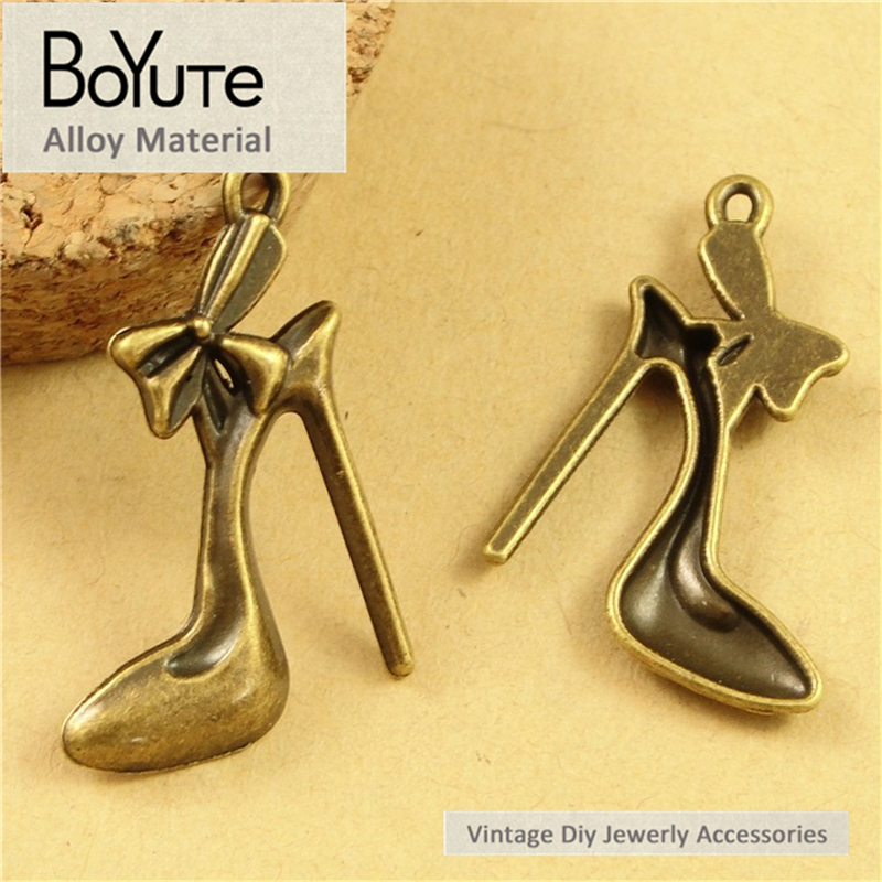 BoYuTe (100 Pieces/Lot) 17*29MM Antique Bronze Plated Metal High-Heeled Shoes Pendants Charms for Jewelry Making