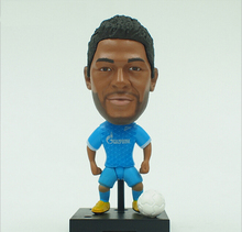 New 2016 KODOTO SoccerWe Zenit Givanildo Vieira de Souza HULK Brazil football soccer moving player star display collection dolls(China)