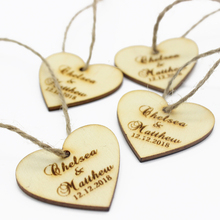 30pcs Personalized Engraved Wooden Love heart Tag Wedding Gifts Decor Tag With Jute String Bride Gifts Present Tags Party Favors