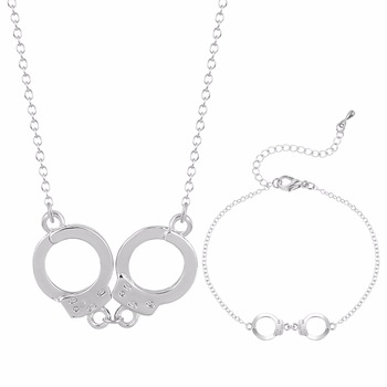 Kinitial 2pcs Silver Gold Plated Jewelry Set Creative Handcuffs Pendant Necklace Bracelets Fashion Valentines Day Gifts Bijoux